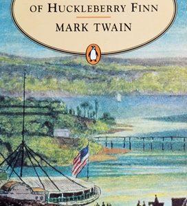 Книга на английском. Классика, Твен Марк. Приключения Гекльберри Финна