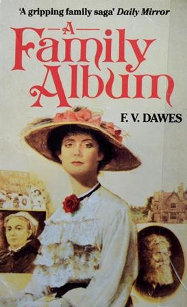 Книга на английском. Роман. Ф.В. Дэвис, Семейный альбом